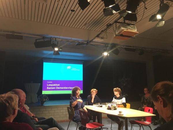 Gemeente en Veenlanden College helpen jongeren dementievriendelijk te worden